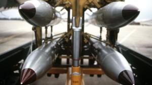 B-61_bomb_rack-64928c39c6edf794