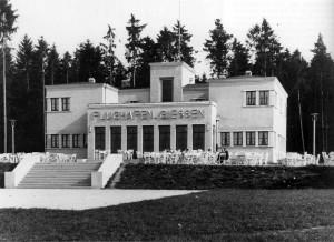 Das Empfangsgebäude des Gießener Flughafens von 1927, Aufnahme Ende der 1920er Jahre